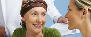 female_cancer_patient_female_doctor_595x240